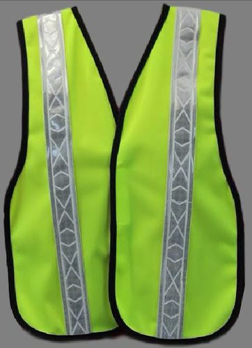 CHILDS REFLECTIVE SAFETY VEST - AGES 5-9 LIME