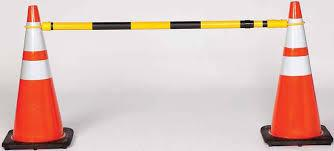 Viz-Con CONE-BAR RETRACTABLE 4'-6.5' YELLOW/BLACK REFLECT